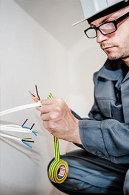 usuwanie awarii elektrycznych warszawa